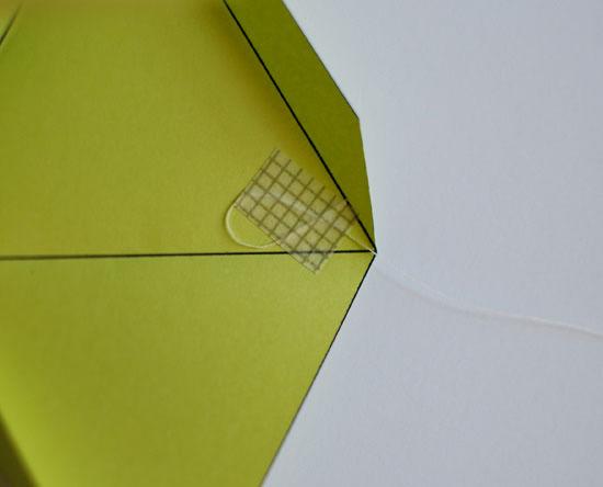 Passo a passo de cubo de papel com origami