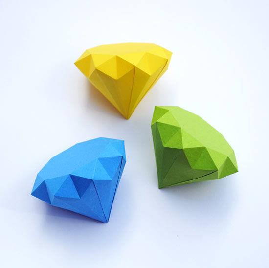 Como fazer diamantes de papel passo a passo