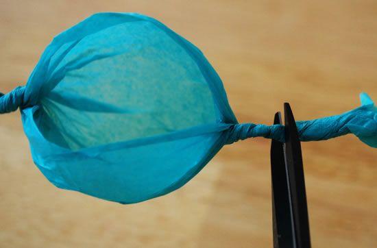 Como fazer uma linda flor de papel de seda