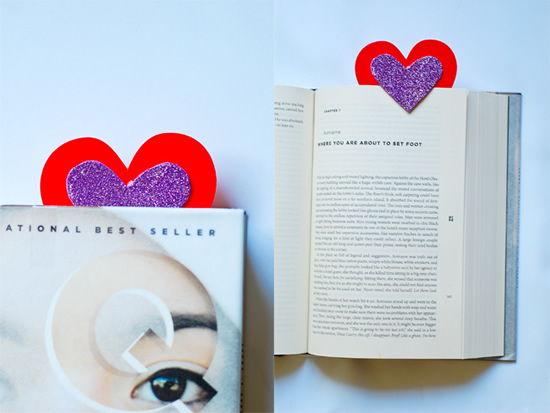 Coração marcador de livros para o Dia dos Namorados