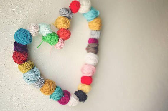 Bolas de lã para fazer coração para decoração