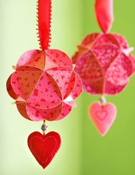 Bolas de papel para decoração passo a passo
