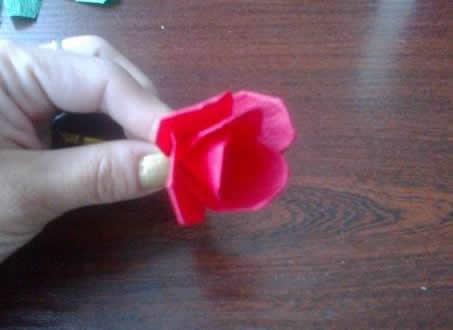 Rosa de papel crepom passo a passo