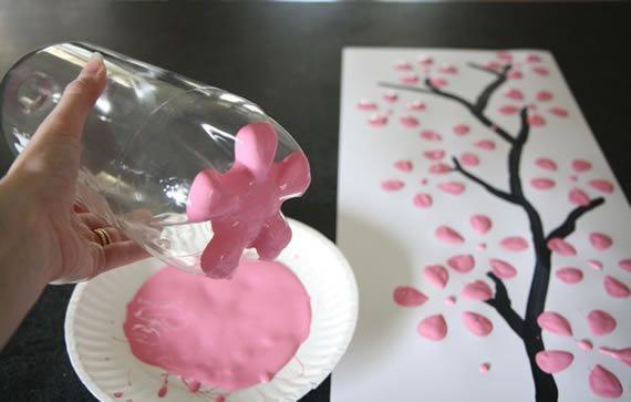 Criar as florezinhas com a garrafa PET