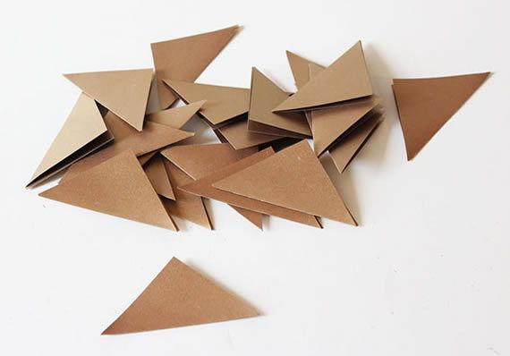 Vários quadradinhos para fazer artesanato