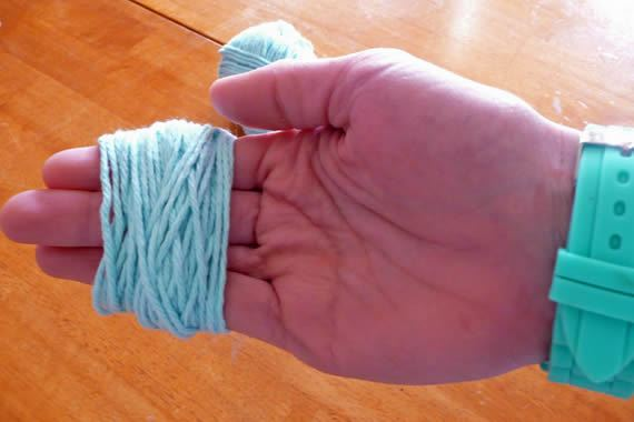 Criando flor com novelo de lã