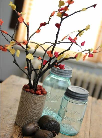 Flores de papel feitas com guardanapo