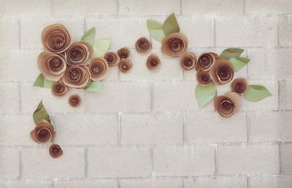Decoração com florzinhas de papel