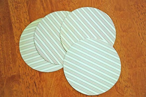 Papeis cortados para criar artesanato