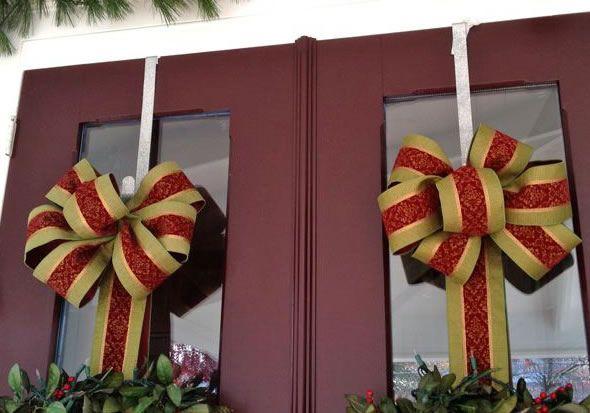 Como criar laço de Natal para enfeitar a casa