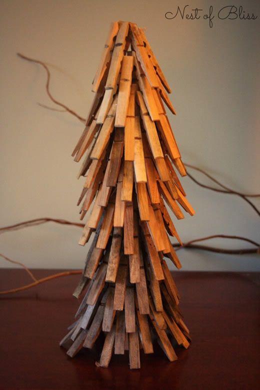 Árvore de Natal passo a passo com pregadores