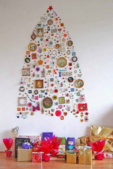 Árvore de Natal com brinquedos