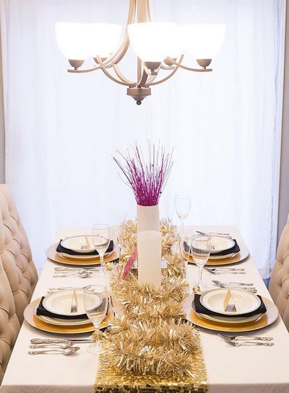 decoracao festa reveillon: dá pra tirar uma boa ideia de como decorar a mesa do jantar da festa