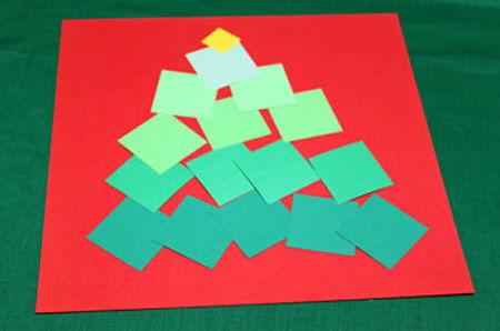 Criando uma decoração com moldura e papel para o Natal