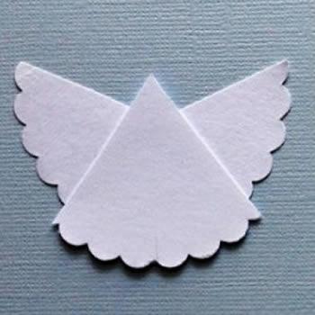 Lindo anjinho de papelão