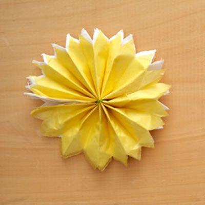 Como criar uma linda decoração com papel seda