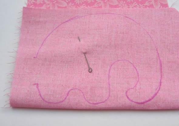 Transferindo os moldes para o tecido