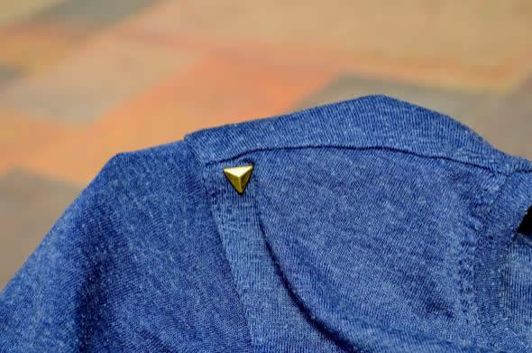 Tachinha colocada na camisa passo a passo