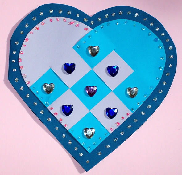 Cartão infantil de coração passo a passo
