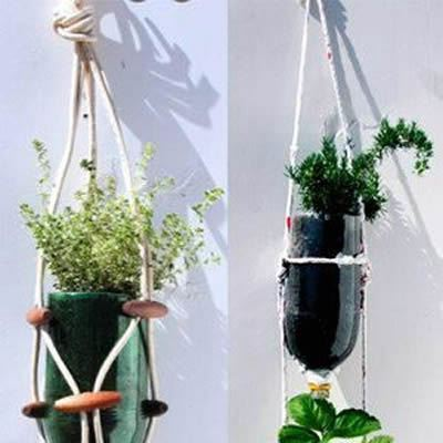 Garrafa PET com reciclagem para fazer vasos com artesanato