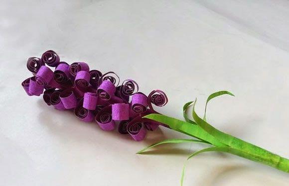 Flor artesanal com papel de seda