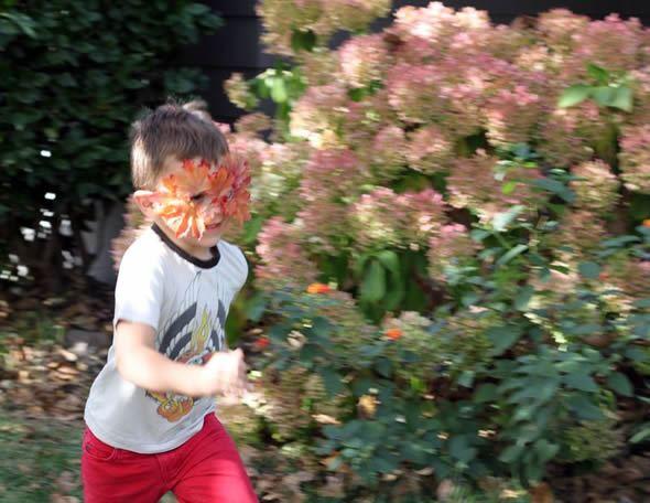 Máscara para animar a brincadeira das crianças