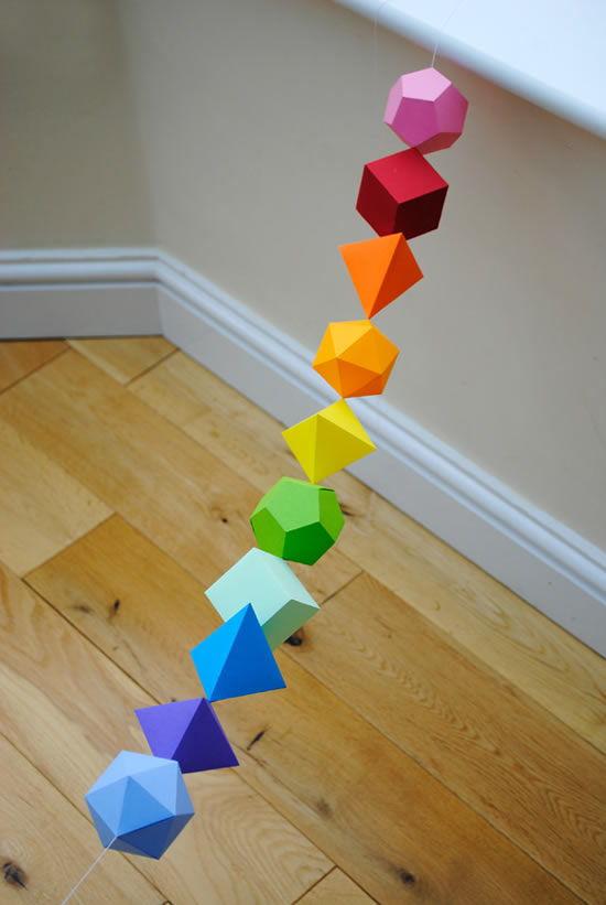 Decoração colorida e criativa