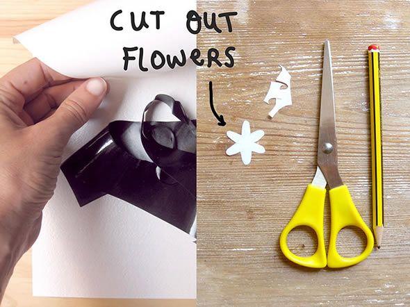 Decoração com flores de plástico para personalizar camisas