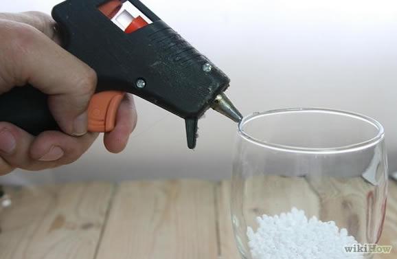 Como fazer globo de neve com taças