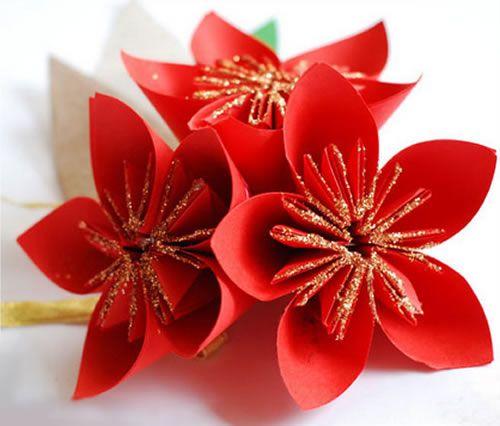 Decoração para Natal com flores de cartolina