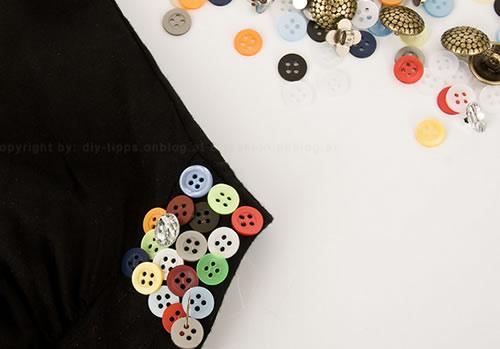Personalizar roupa com botões para o Carnaval