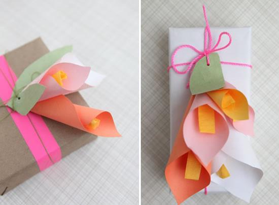 Flores de papel colorido para enfeitar presente passo a passo