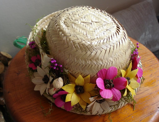 15 ideias para decorar Chapéu de Palha para Festa Junina  c3cc3891f41