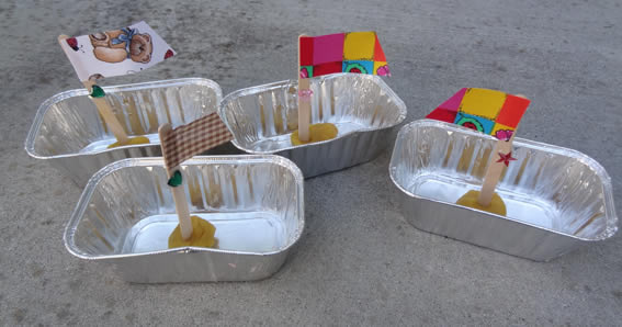 Barquinhos com reciclagem para o Dia das Crianças