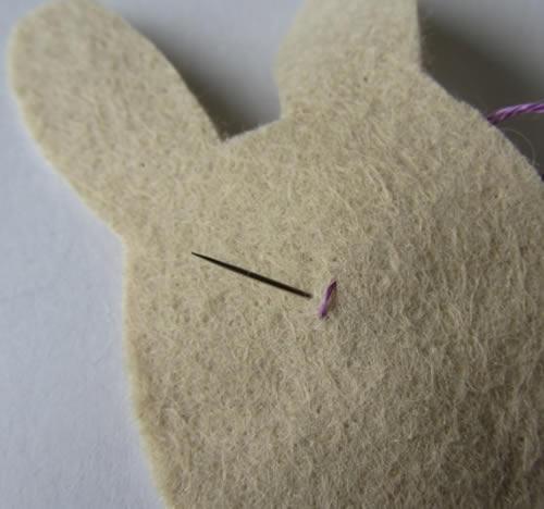Como fazer coelhinho de feltro