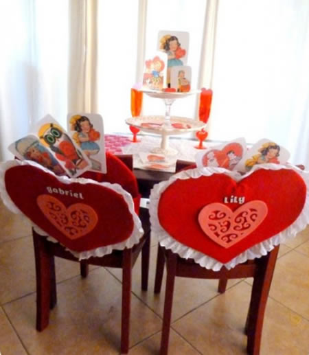 Decoração com Coração Personalizado de Papelão e Feltro