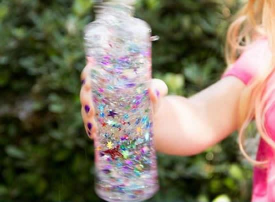 Brinquedo com Pote Transparente para o Dia das Crianças