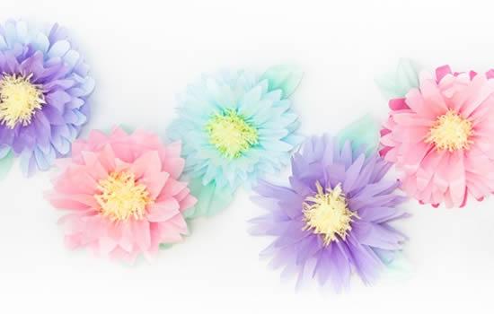 Decoração com Flores de Papel de Seda para Casamento