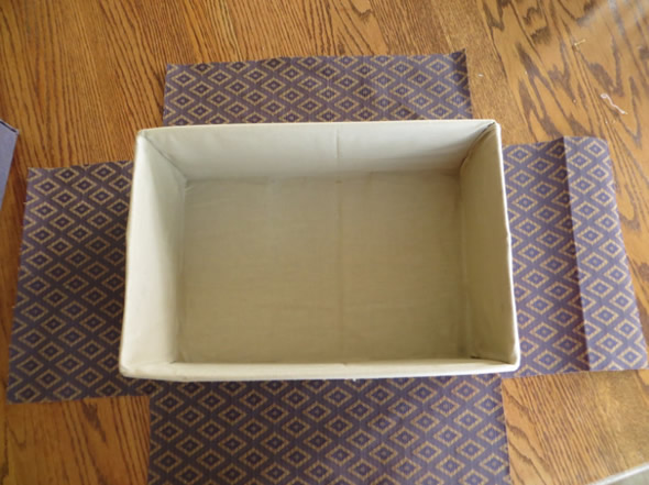 Como forrar Caixa de Papelão com Tecido passo a passo