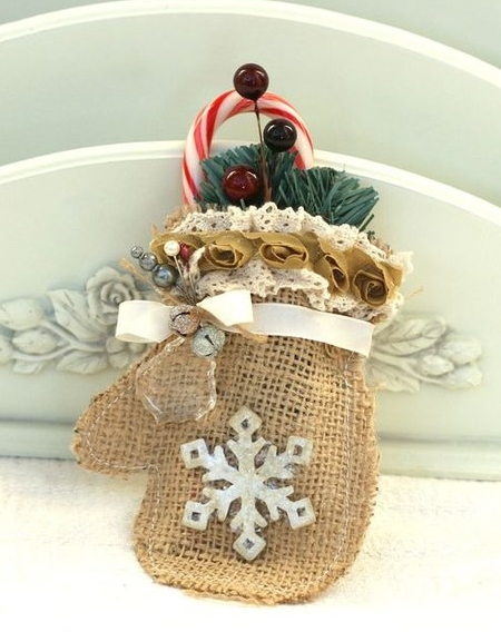 Luva de Natal em Juta para Decoração com Moldes