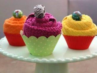 Lembrancinhas para Chá de Bebê com Cupcakes de Toalhinhas