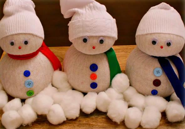 Bonecos de Neve com Meias para Decoração - 10 Ideias Lindas