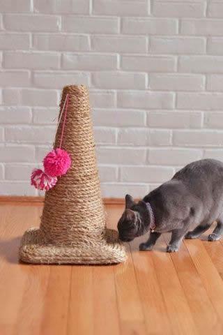 Faça Você Mesmo 10 Arranhadores Caseiros para Gatos