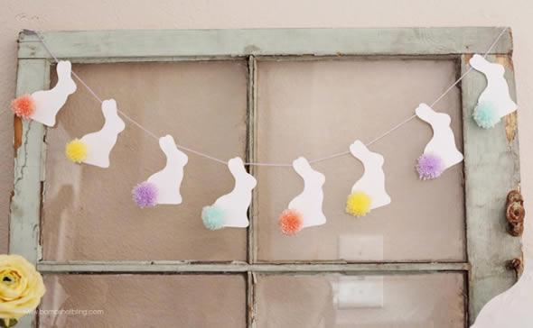 Guirlanda com Coelhinhos de Papel para Decoração de Páscoa