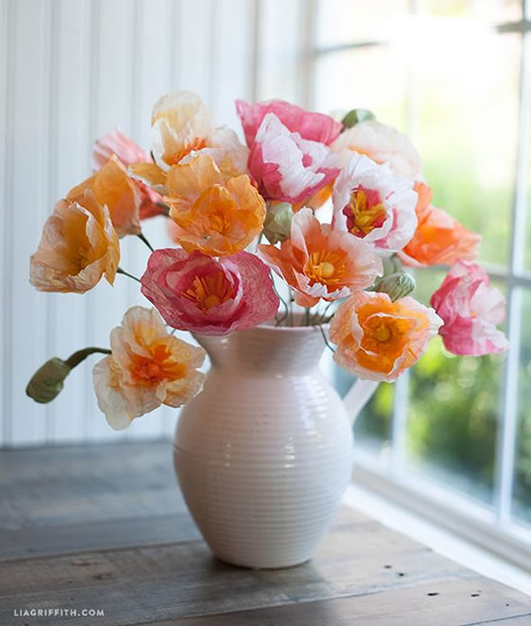 10 Exemplos para Decoração com Flores de Papel e Artificiais