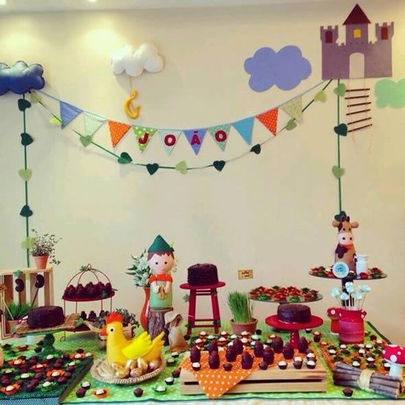 Mesa Decorada para Festa Junina: 20 ideias lindas