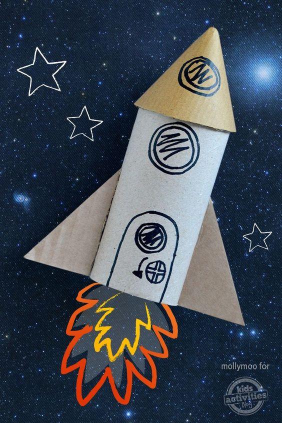 foguete de papel higiênico Brinquedos de papel reciclado