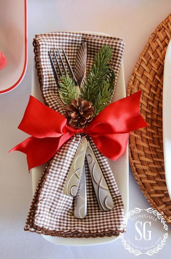 Decoração para Mesa de Natal com Guardanapos