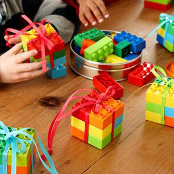 lembrancinhas-de-aniversario-kit-de-montar-lego