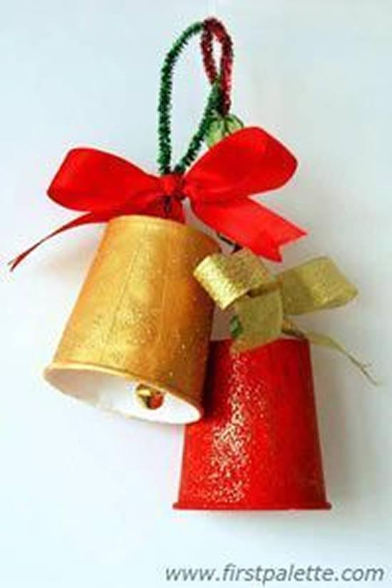Sinos de Natal com Reciclagem para Decoração